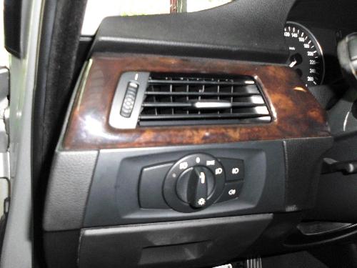 SUM優質車商聯盟-BMW 320D典雅氣派 天窗 晶片系統