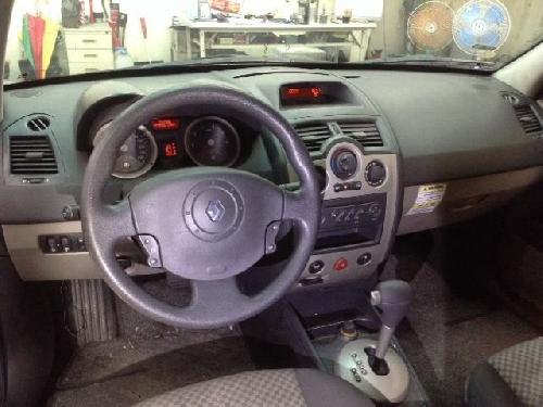 -雷諾 馬鍵 1.6 轎旅車
