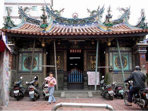 里報.tw-龍山寺