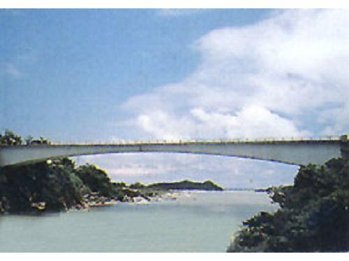 里報.tw-長虹橋
