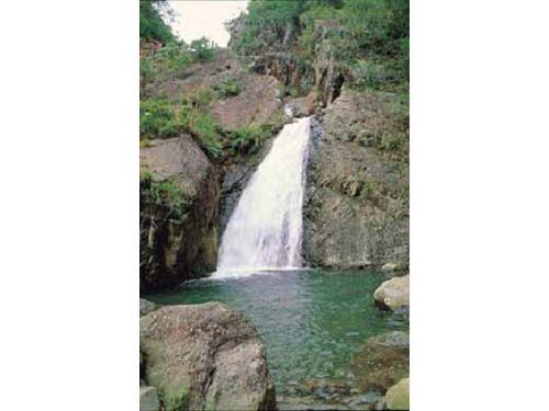 里報.tw-猴洞瀑布