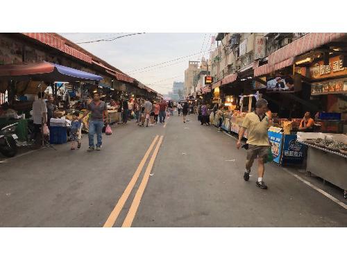 里報.tw-興達港觀光漁市