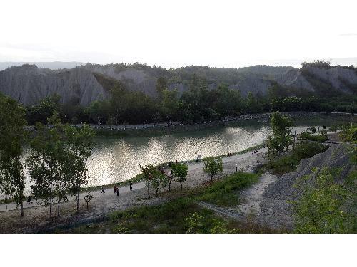 里報.tw-月世界地景公園