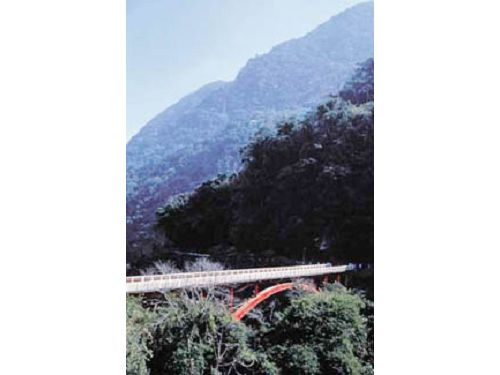 里報.tw-龍澗橋