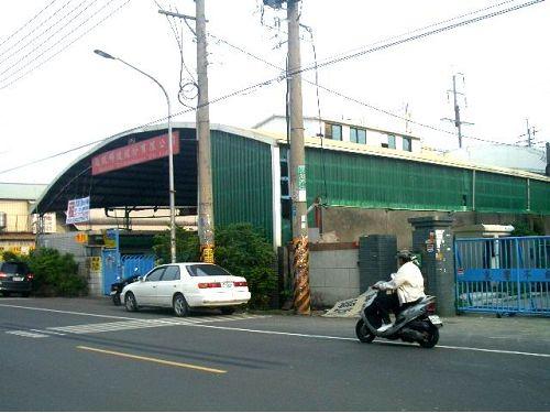鳳仁路工業廠房出租
