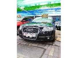 AUDI 氣派5人轎車