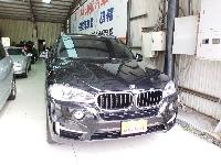 BMW X5 高級休旅車
