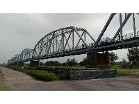 舊鐵橋濕地生態公園