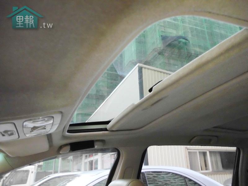 SUM優質車商聯盟-TOYOTA 7人座休旅車 WISH