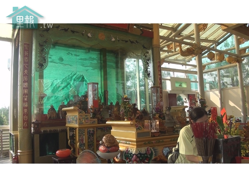 里報.tw-玻璃媽祖廟護聖宮