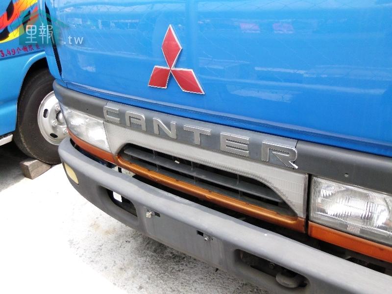 華大商務車-CANTER 3.5 載貨好幫手